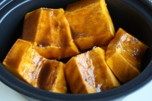 Cooking Squash in the Slow Cooker. Did you know cooking squash could be so simple?