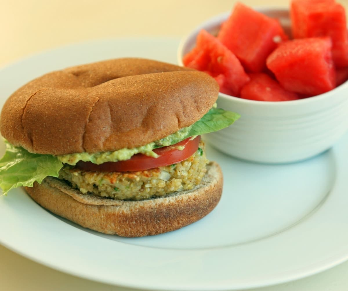 hamburger signature au guacamole - HD1200×1002