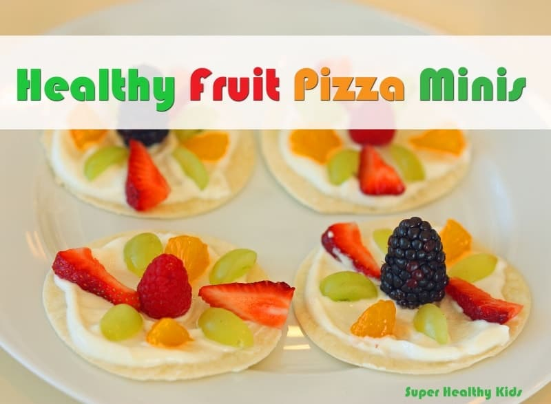 Healthy Fruit Pizza Minis. A quick, no-bake snack that will not disappoint!
