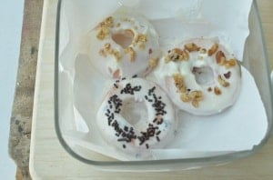 Real Peach Donuts Recipe. A fun way to eat peaches by making them into donuts!