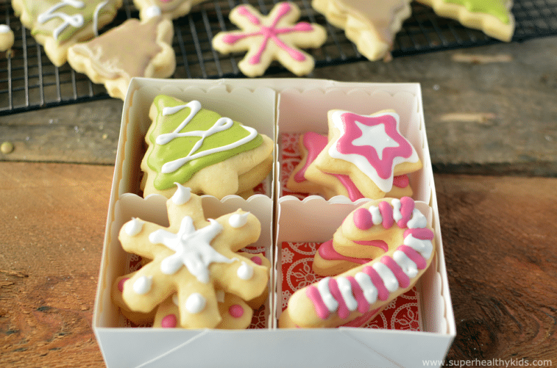 christmas bean cookies with homemade and natural food dyes - Homemade Christmas Cookies