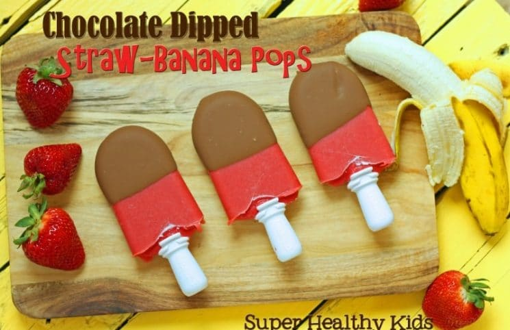 Chocolate Dipped Straw-Banana Pops. A healthy treat to hit that sweet spot!