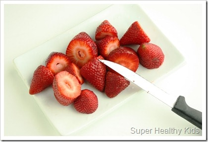 Strawberry Creamsicles. All fruit, no added sugar. Perfect way to use up your strawberries that are on their way out! www.superhealthykids.com
