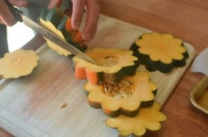 Sweet Roasted Acorn Squash Flowers. Make your acorn squash into a fall flower dish your kids will love!